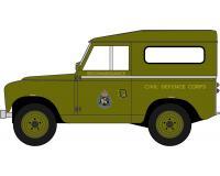 Pre-Order Oxford 76LRFCS002 Land Rover FC Signals Nato Green